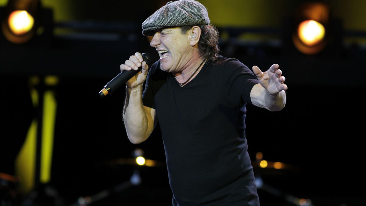 482ad68846470 Brian johnson joins AC DC for new Album
